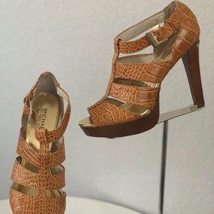 $75  Michael Kors sandals size 8.5